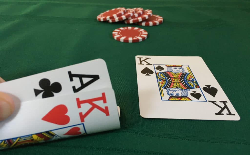 Enjoying Your Online Poker Playing Cards When Out Of Place - Playing