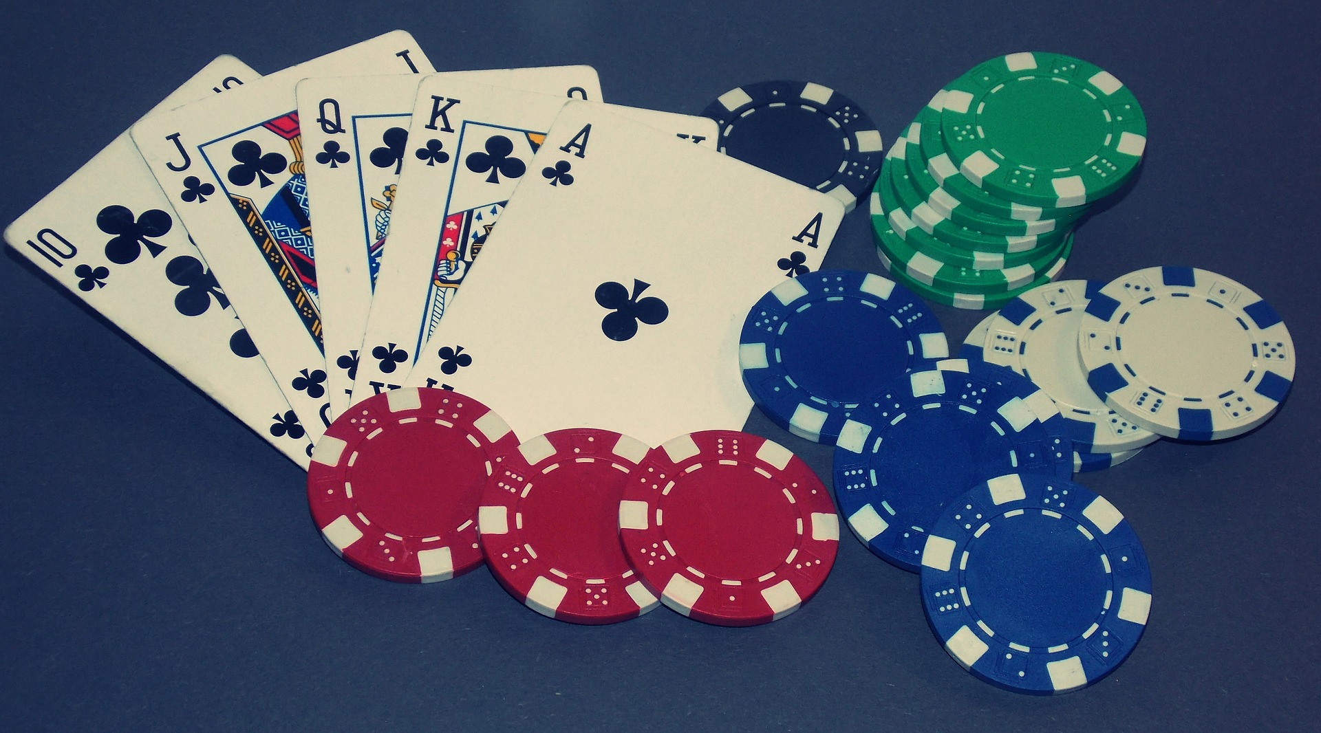 Online Slots And The Online Casino Games - Gambling