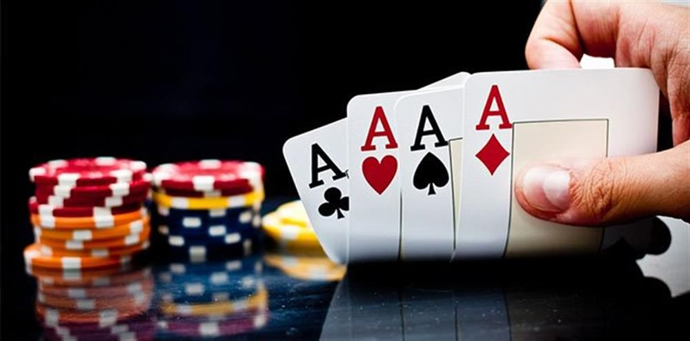 Why Play Poker Online From Home?