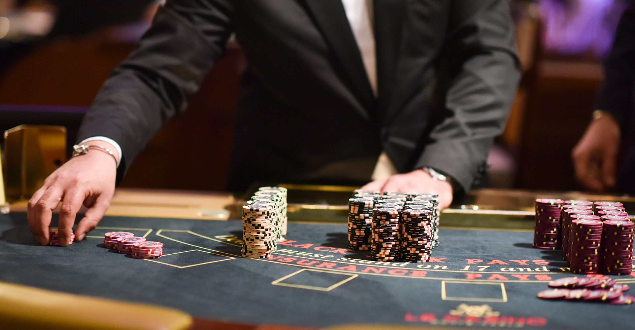 Online Casino Doesn't Have To Be Laborious. Learn These 4 Suggestions