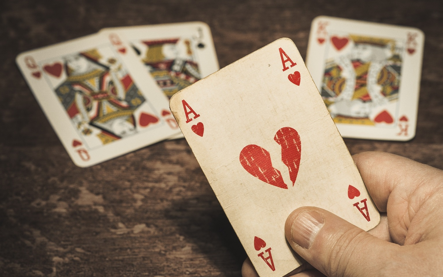 How You Can Lose Money With Gambling